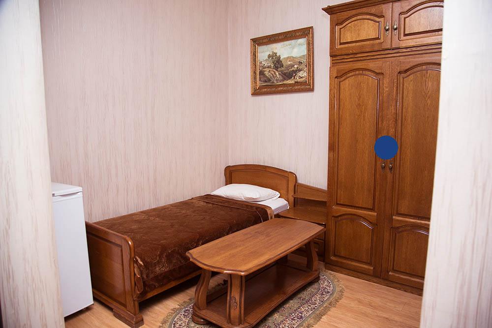 2х-местный номер с разд. кроватью